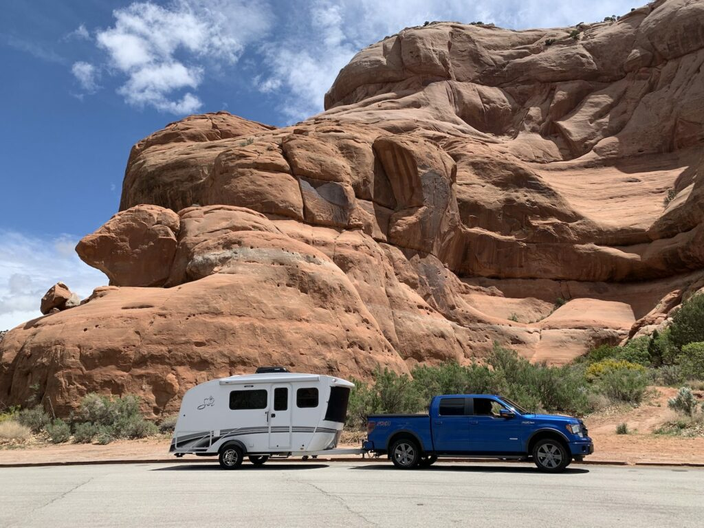 intact sol horizon rv with Ford F150 Tow Vehicle